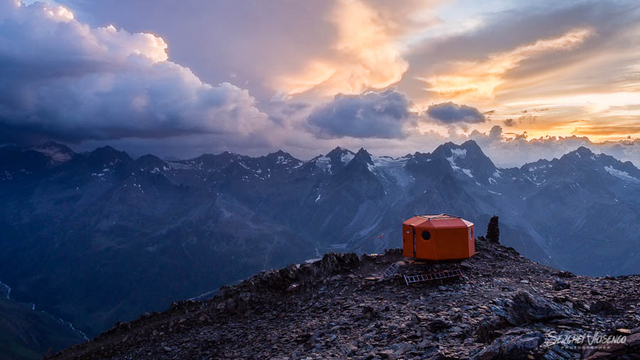 Emergency accommodation on top of a mountain with mountain views Austrian Alps Photography